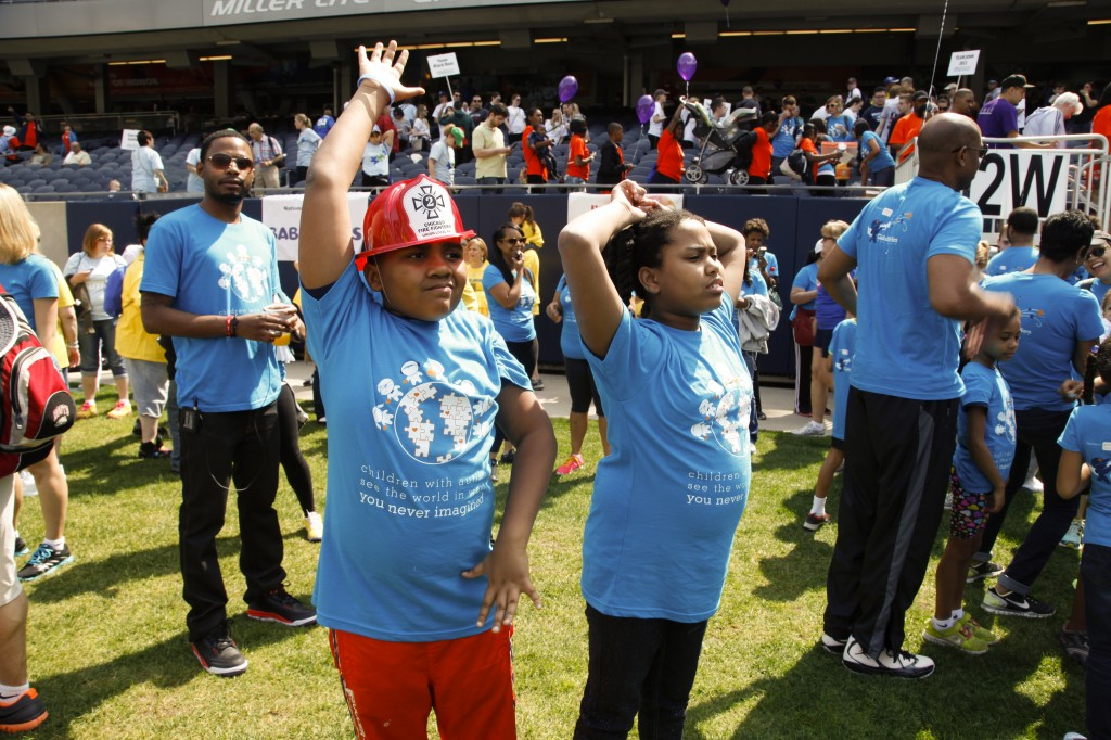 Gabriels_Horn_Foundation_Walk_Now_for_Autism_Speaks_2013_Chicago_03